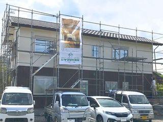 岡田雅典邸外壁_200530_0002.jpg